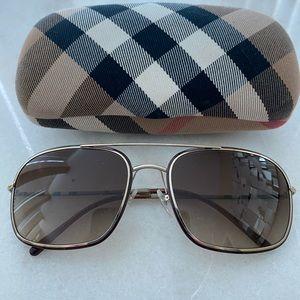 Authentic Burberry Aviator Sunglasses, Never Worn